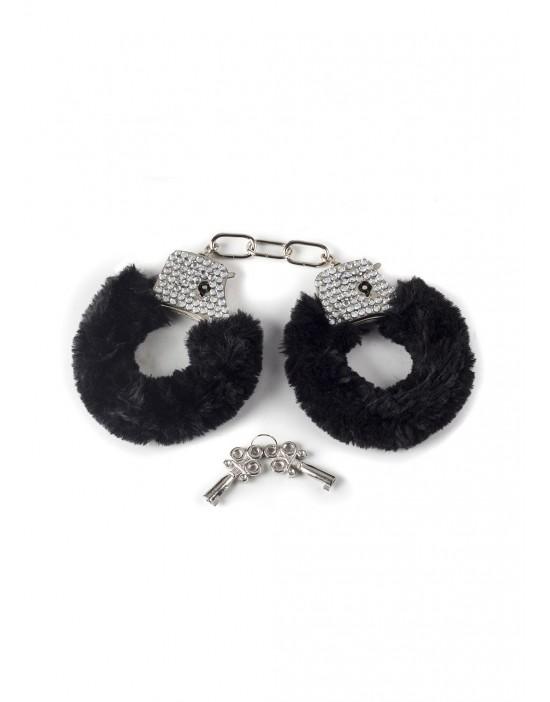 Wristcuffs with crisatls...